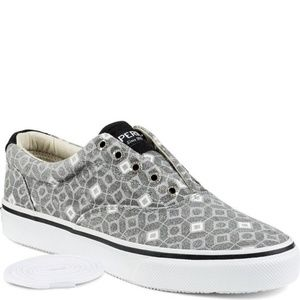 Sperry Shoes - Sperry Top-Sider Striper CVO Canvas Sneaker A